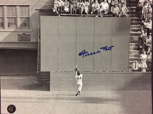 Autographed/Signed Willie Mays San Francisco Giants Horizontal 8x10 Baseball Photo Say Hey COA - Willie Mays Autographed Photo