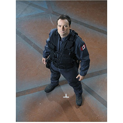 david-hewlett-8x10-inch-photo-cube-stargate-atlantis-rise-of-the-planet-of-the-apes-in-full-gear-loo