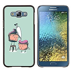 Caucho caso de Shell duro de la cubierta de accesorios de protección BY RAYDREAMMM - Samsung Galaxy E7 E700 - Divertidos Cupcakes