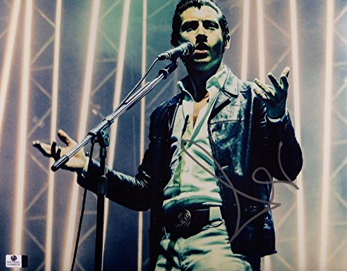 Alex Turner Autographed 11X14 Photo Arctic Monkeys Singing on Stage GV849216