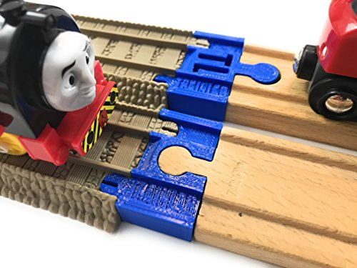 (TrainLab Trackmaster (2009 Brown) to Wood Track Adapter for Thomas BRIO IKEA (Blue))