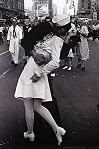 Kissing On VJ Day - Nurse Kissing Sailor, Art Poster Full Size Poster Print, 24x36