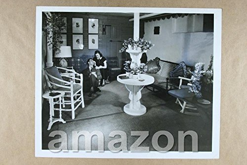 vintage-photo-of-the-krogers-in-home-pt755