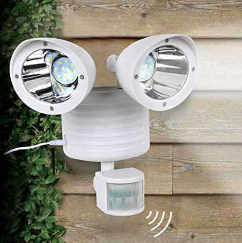 Dual Light Security Solar Motion Sensor 22 LED Lumens Outdoor Post Garden Floodlight - White