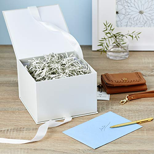 Hallmark Large White Gift Box With Lid And Shredded Paper Fill For
