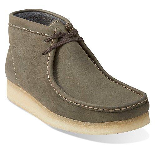 CLARKS Men's Leather Wallabee Boots, Dark Green, 8 D(M) ()