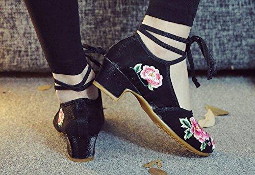 Avacostume Vrouwen Vintage Pioen Borduurwerk Dansschoenen Lace Up Dikke Hakken Zwart
