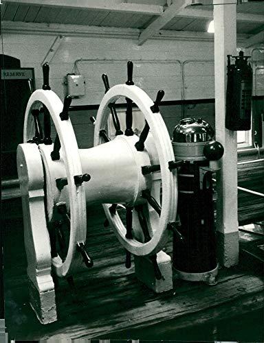 Vintage photo of HMS Unicorn (I72)