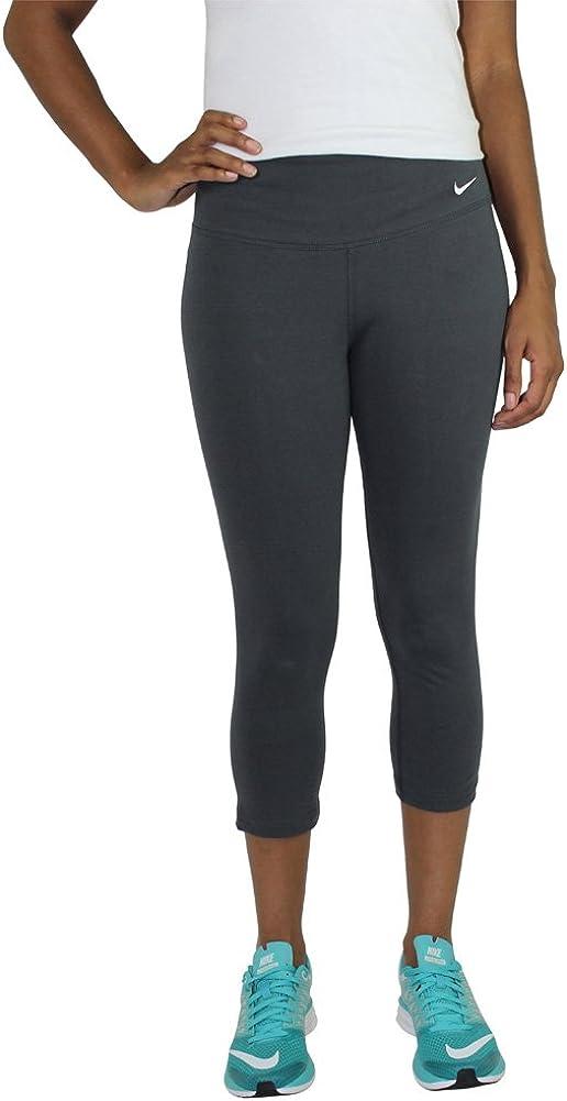 Amazon Com Nike Dri Fit Legend 2 0 Women S Leggings Capri Pants Gray Size M Clothing