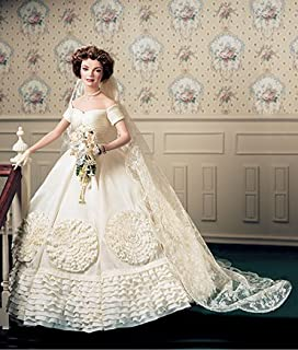 Amazon.com: Jacqueline Kennedy Porcelain Heirloom Bride Doll: Toys ...