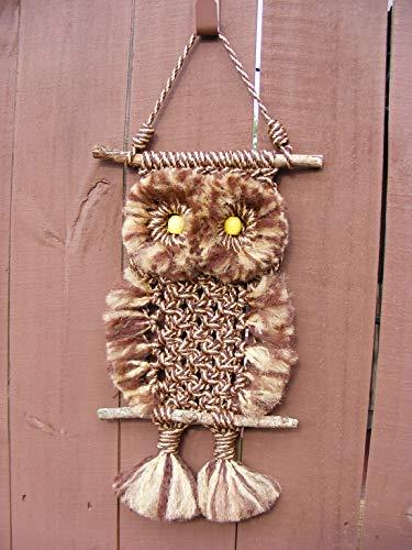 Macrame Rustic Owl Brown Gold ()