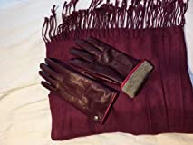 Love the scarf paired with these gloves found on Amazon.