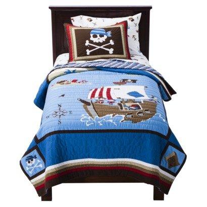Amazon.com: Circo 100% Cotton Pirate Quilt plus Sham Full/Queen ... : circo quilt - Adamdwight.com