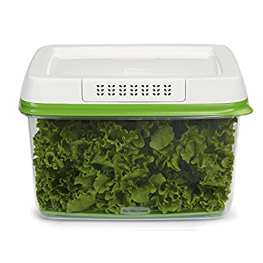 Rubbermaid 17.3 Cup FreshWorks Produce Saver, Large, Green