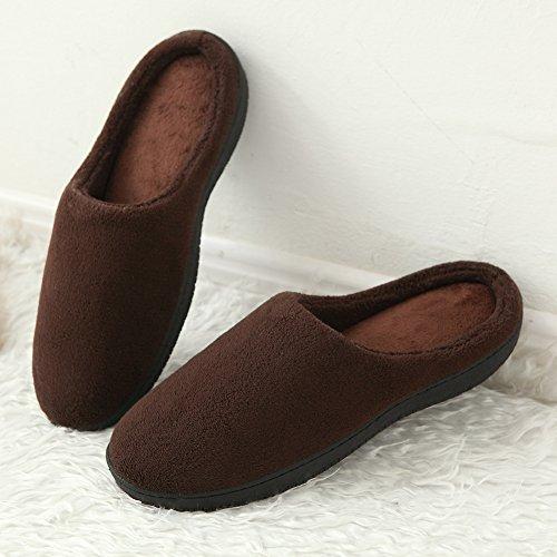 HONGANG Men's House Soft Winter Slippers Warm Non-Slip Memory Foam Indoor Mules Coral Fleece House slippers Brown 5KoEZgKlT