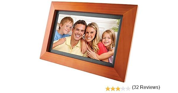 amazoncom gpx pf903cw 9 inch digital photo frame walnut digital picture frames camera photo