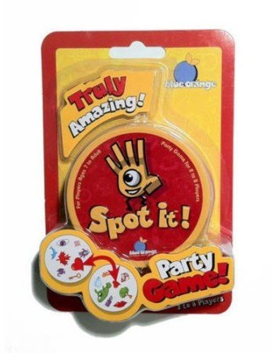 Asmodee Peg Spot it! Card Game