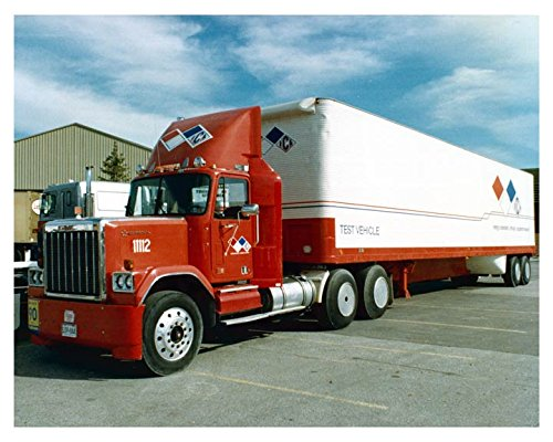 - 1976 ? GMC General Tractor Trailer Truck Factory Photo