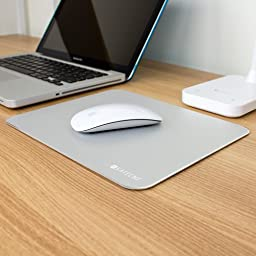 Satechi Aluminum Mouse Pad with Non-slip Rubber Base (Silver)