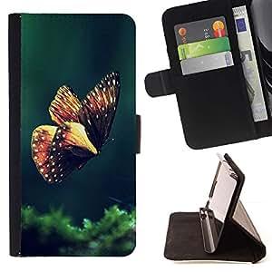 Momo Phone Case / Flip Funda de Cuero Case Cover - Mariposa de Primavera de la ma?ana Verde Naturaleza - HTC One M7
