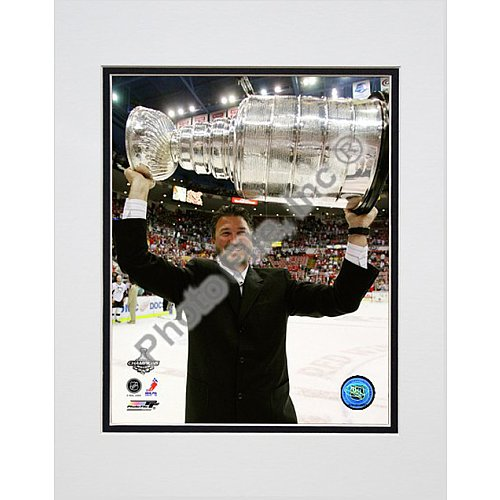 Photo File Pittsburgh Penguins Mario Lemieux with Stanley Cup 8x10 Matted Photo