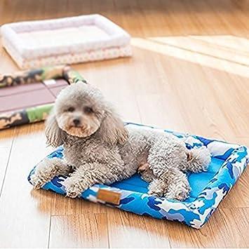Amazon.com : Showking Pet Soft Blanket Pet Mat Dog Cushion Bite Resistant Summer Cat Mat Kennel Scratch Resistant (Size : M) : Pet Supplies