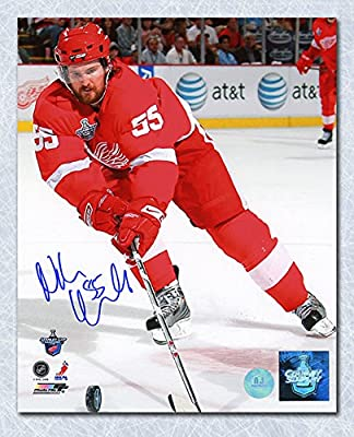 cb84bd525 Niklas Kronwall Detroit Red Wings Autographed Cup Finals Action 8x10 Photo