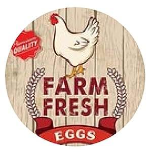 alfombrilla de ratón Diseño del cartel retro huevos frescos con fondo de madera - ronda - 20cm