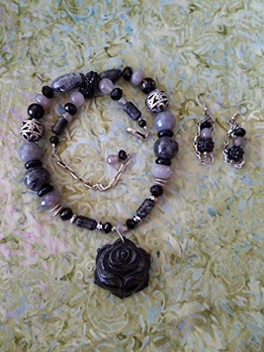 Handmade Rose Carved Black Onyx Necklace set