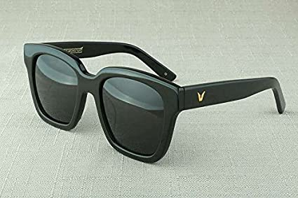 0defeb91c5ce Amazon.com  New Gentle Mans Women Monster Sunglasses Women V Brand ...