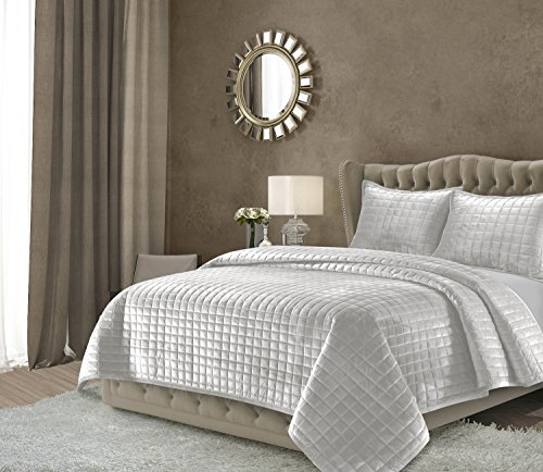 Tribeca Living FLORENCEQUIQUSI Florence Velvet Oversized Solid Quilt Set, Queen, Silver Grey (Silver Queen Comforter Set)