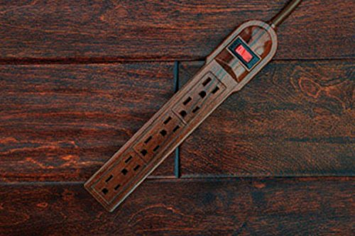 Invisiplug 6-Outlet Surge Protector, Model - Oaks Outlets