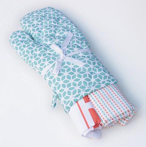 Blue Alcove Merry Bright 3 Piece Kitchen Linen Gift Set –  White