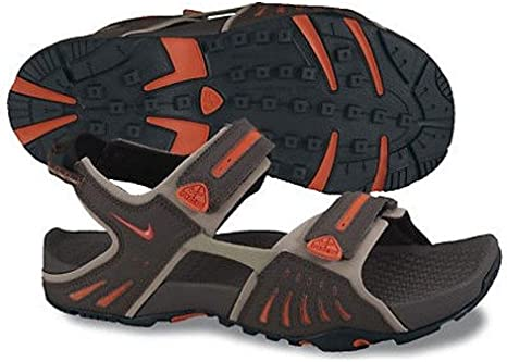 Amazon.com: Nike Santiam 4 ACG Sandals