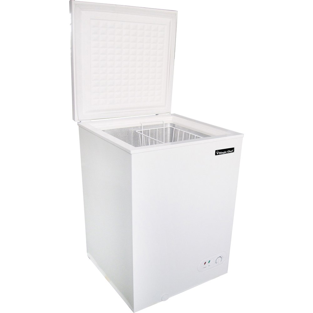 3.5 Cu. Ft. Chest Freezer in White Magic Chef MCCF35W2