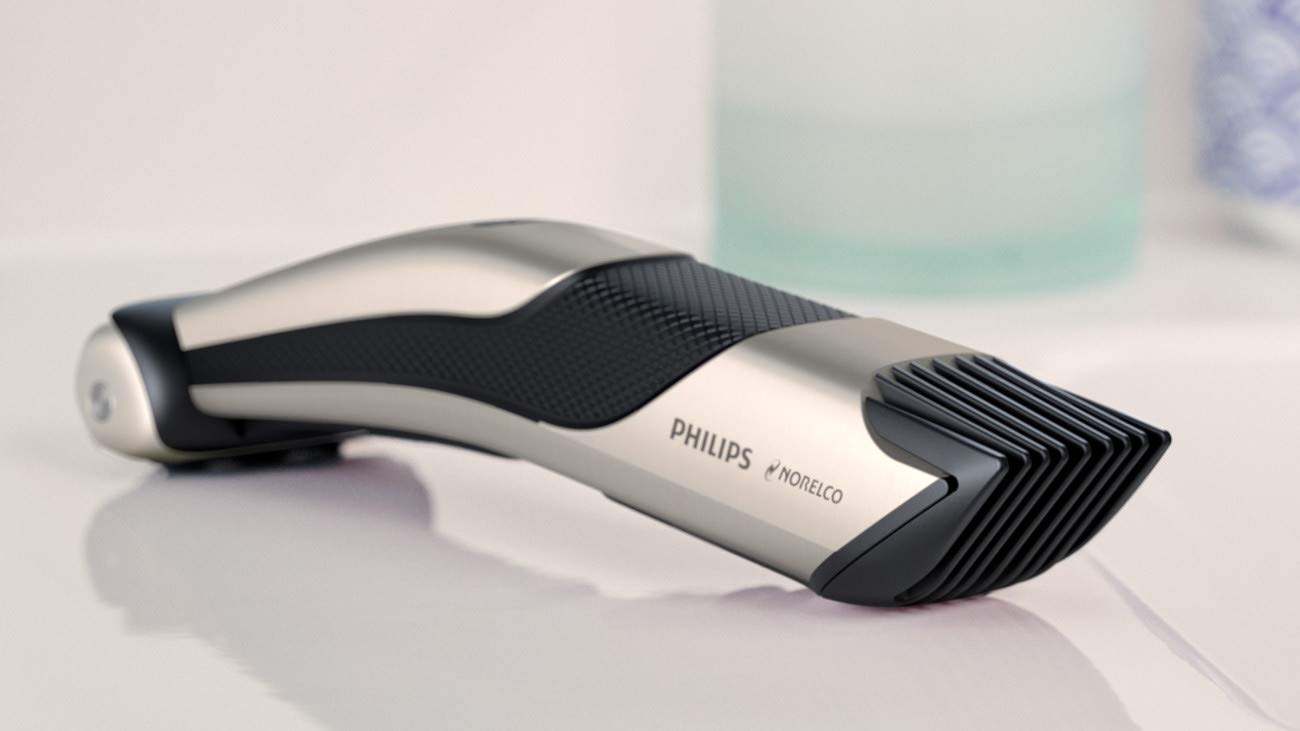 Philips Norelco Bodygroomer BG7040/42 - skin friendly, showerproof, body trimmer and shaver with case and replacement head, silver by Philips Norelco (Image #5)