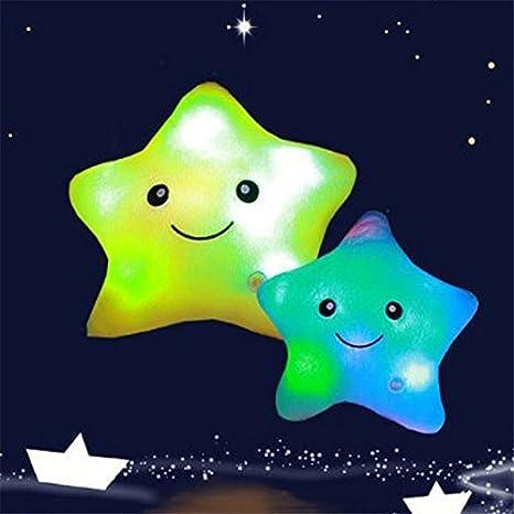 Cojín con luz LED Missley, diseño de estrella verde