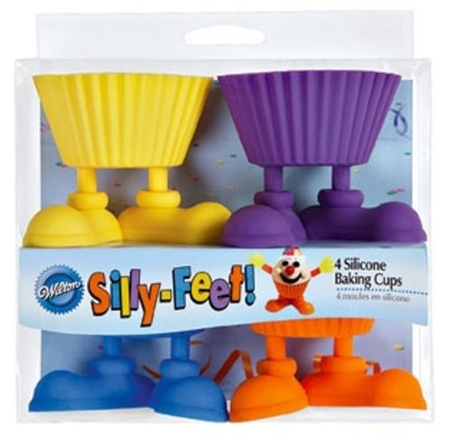Wilton Silly- Feet Silicone Baking Cups , 4-Count ()