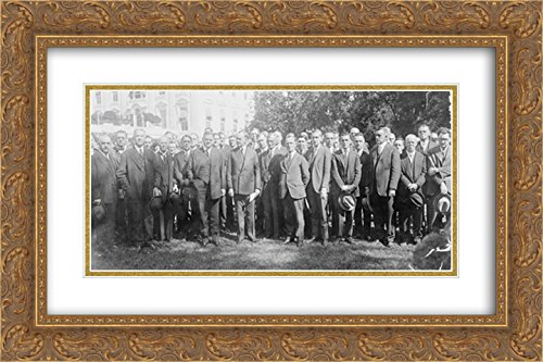 President Coolidge with Secty [sic] Hoover and members of the Radiomens [sic] Assn. 24x14 Double Matted Gold Ornate Framed Art - Galleria Hoover