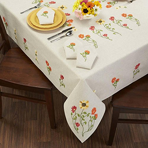 (Herrschners® in The Meadows Table Linens Stamped Embroidery)