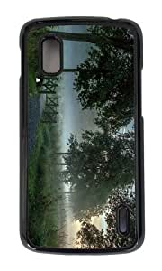 Google Nexus 4 Case,MOKSHOP Awesome early morning mist Hard Case Protective Shell Cell Phone Cover For Google Nexus 4 - PC Black