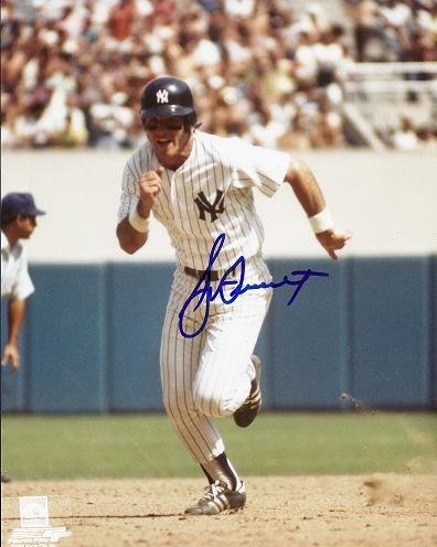 Bucky Dent Signed - Autographed New York Yankees 8x10 inch ()