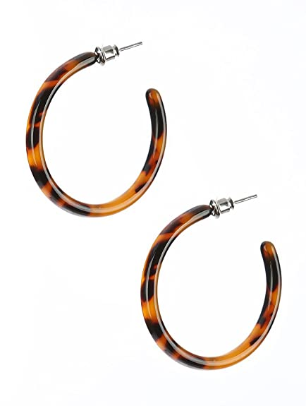 31e99599419 Amazon.com  Lightweight Tortoise Shell Hoop Earrings 1 1 2 inch ...