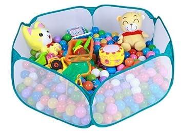 Juegos en piscina de bolas for Piscinas de bolas para bebes