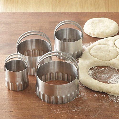 Rsvp Round Biscuit/cookie Cutters Set of 4 Nesting Rippled Edges Stainless ()