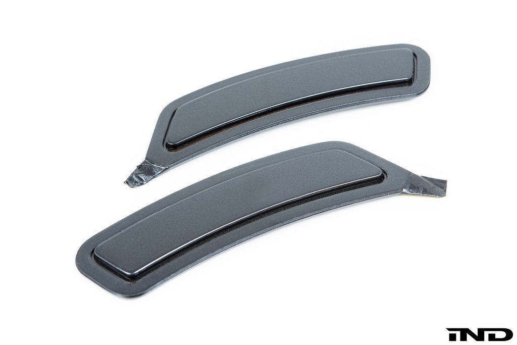 IND Mineral Grey Metallic Painted Front Reflector Set For BMW F82 M4