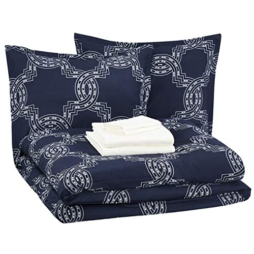 AmazonBasics Bed-in-a-Bag - Soft, Easy-Wash Microfiber - 8-Piece Full/Queen, Navy Nautical Knot