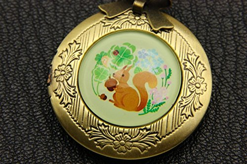 Squirrel Necklace locket,Squirrel Necklace,Handmade Necklace,Bowknot Bronze Necklace,Vintage Jewelry,Fashion Necklaces for Women