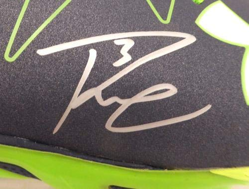 c4488149 Russell Wilson Autographed Under Armour Cleats Shoes Seattle Seahawks RW  Holo #42139 – Autographed NFL Cleats | Sports Collectibles