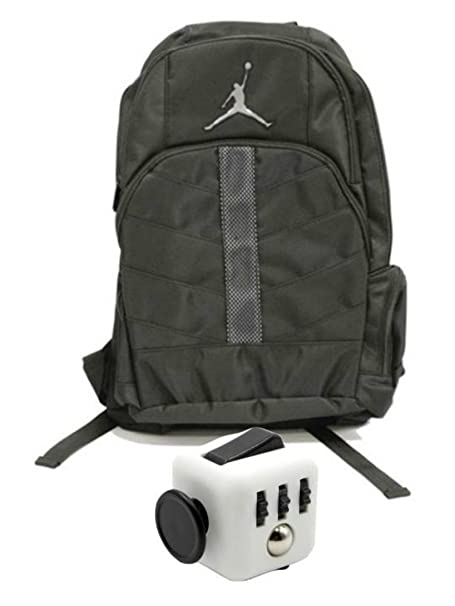 37a9951b2f6d Nike Air Jordan Boys Black Mesh Overlay 23 Backpack Book Bag + Free Fidget  Cube  Amazon.ca  Clothing   Accessories